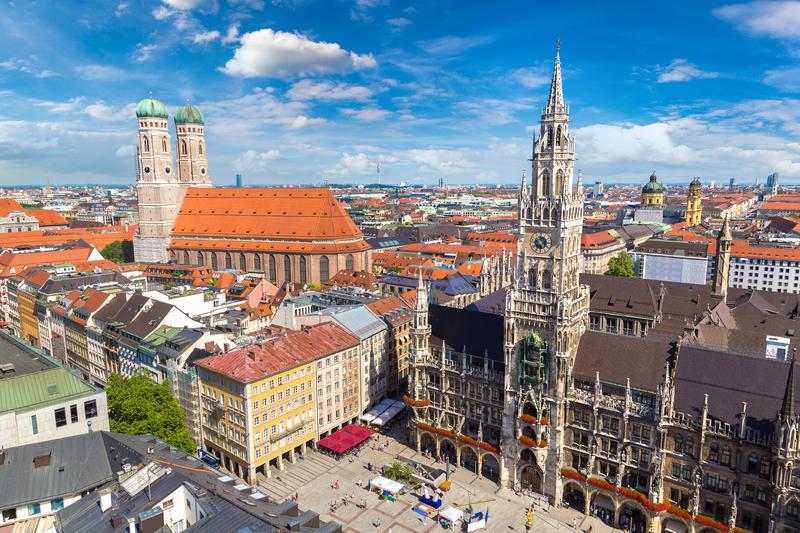 München, Marienplatz und Frauenkirche | MUC11400