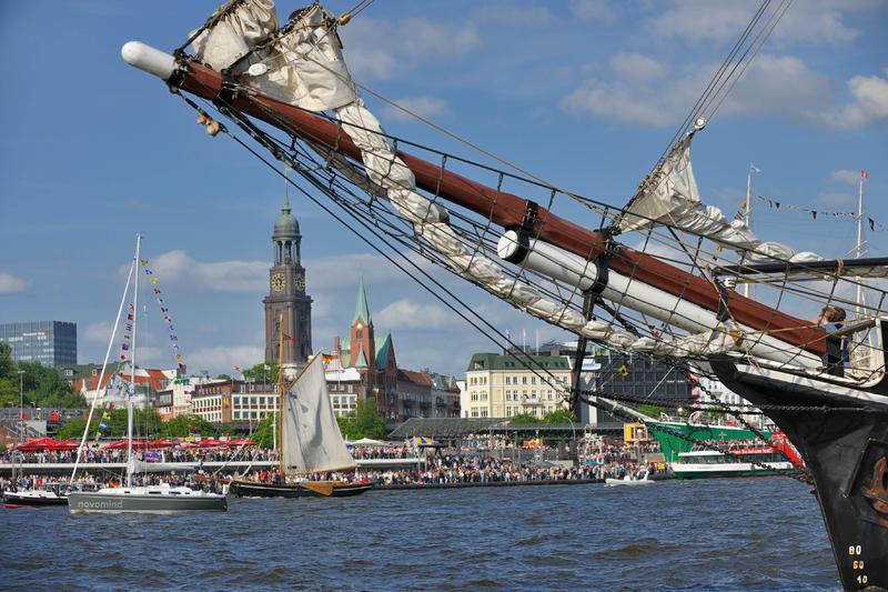 Hamburger Hafengeburtstag   HAM27200