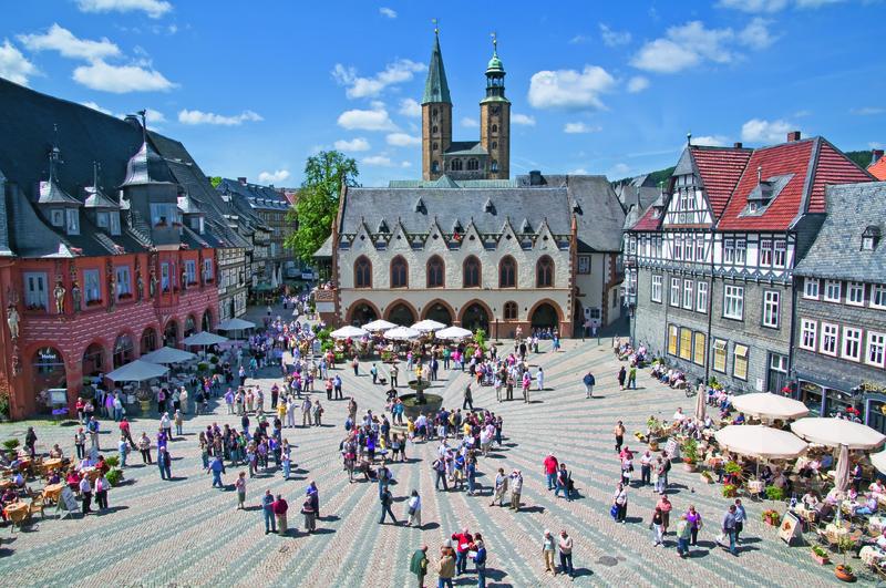 Goslar, Marktplatz   BAU12700