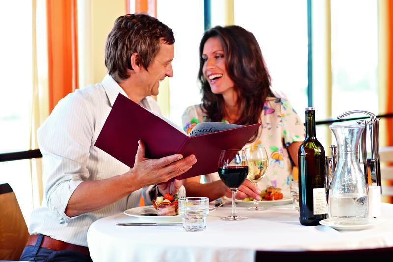 A ROSA Schiff Restaurant | SEI31800