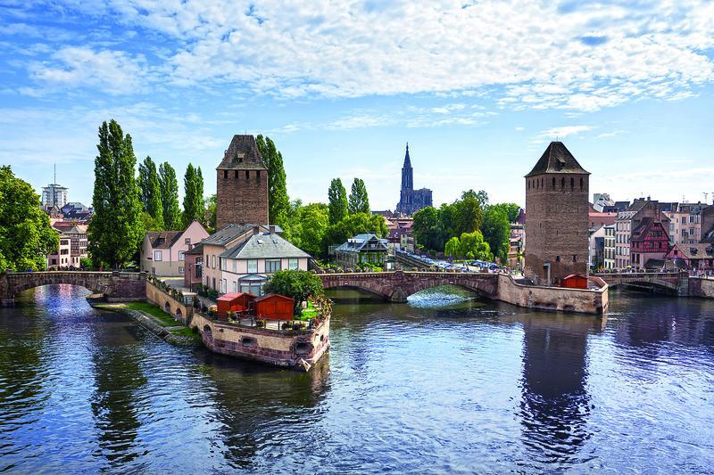 Straßburg, Ponts Couverts | RHN12800